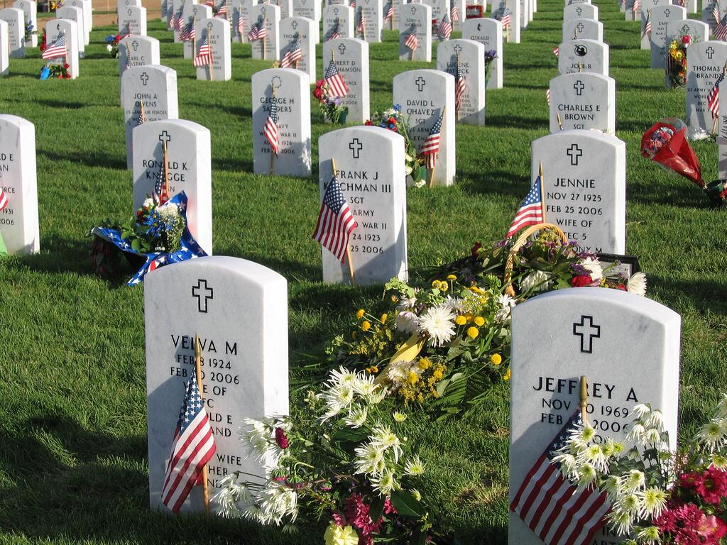 Fort_logan_national_cemetery_4.jpg